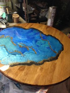 Epoxy Resin Glow In the Dark Pond Table Top (36-Inch)